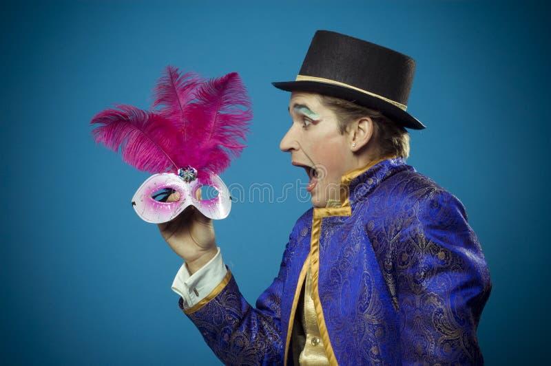 Homem e a máscara foto de stock royalty free