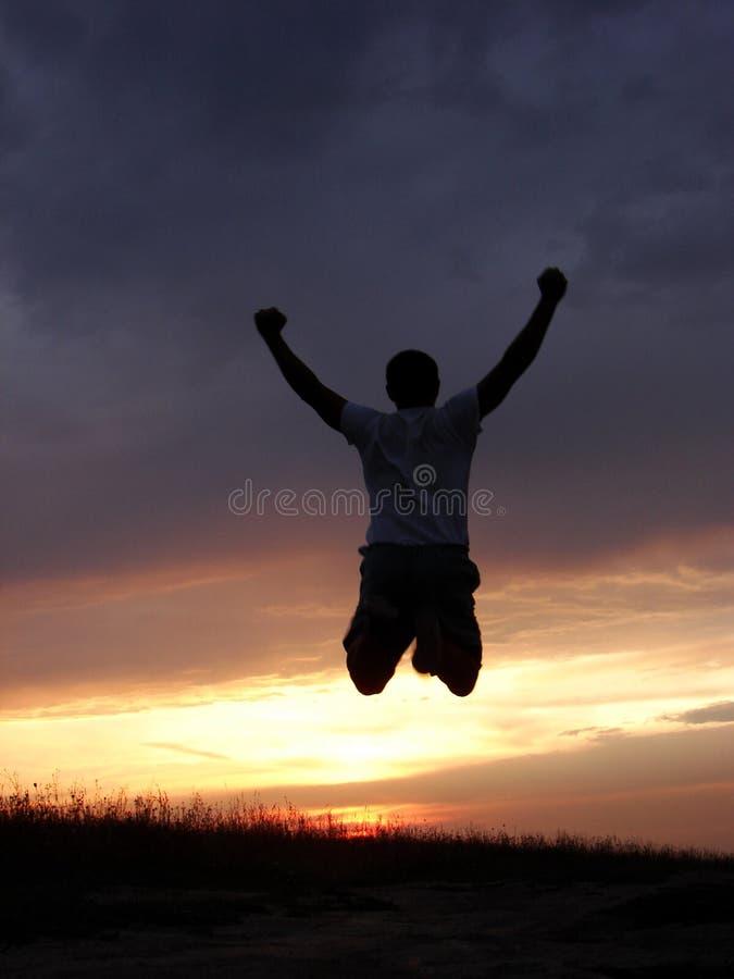 Homem em um salto imagens de stock royalty free