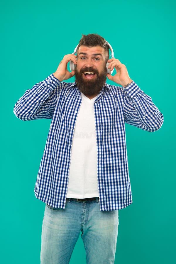 Homem farpado Cuidado do cabelo e da barba E r Novo e brutal Moderno maduro imagens de stock royalty free