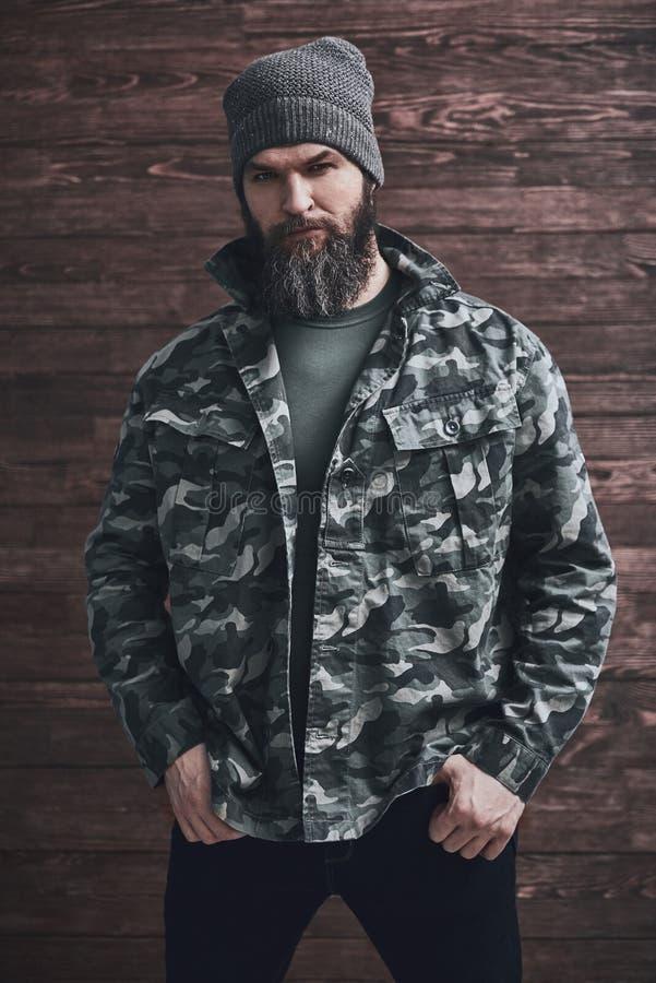 Homem farpado ? moda fotografia de stock royalty free