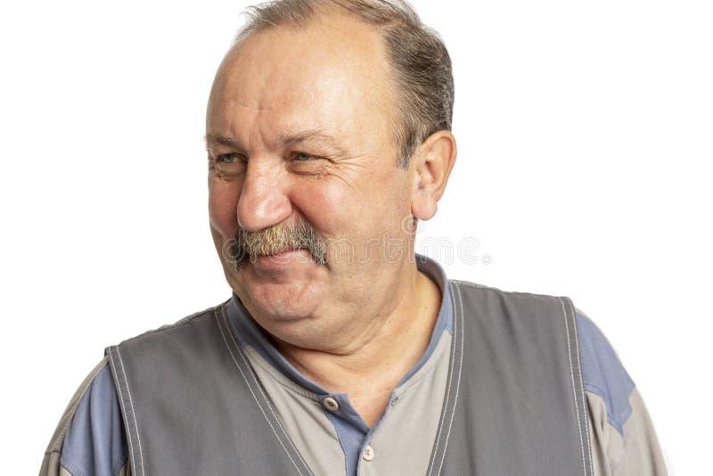 Homem idoso com um bigode que ri, close-up fotos de stock royalty free