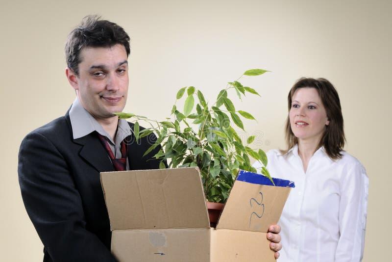 Homem impossível e gerente que sorriem no fundo fotos de stock royalty free