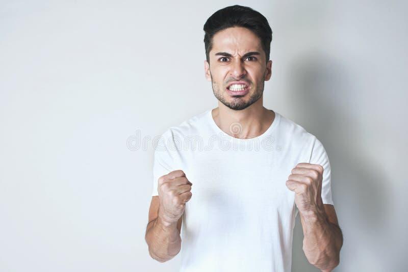 Homem irritado imagem de stock