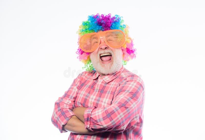 Homem louco no humor brincalhão Feriado do anivers?rio Feliz aniversario Partido incorporado Homem feliz com barba celebration imagem de stock