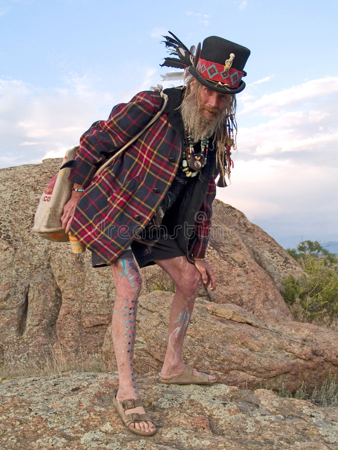 Homem mais idoso excêntrico que olha o fotografia de stock