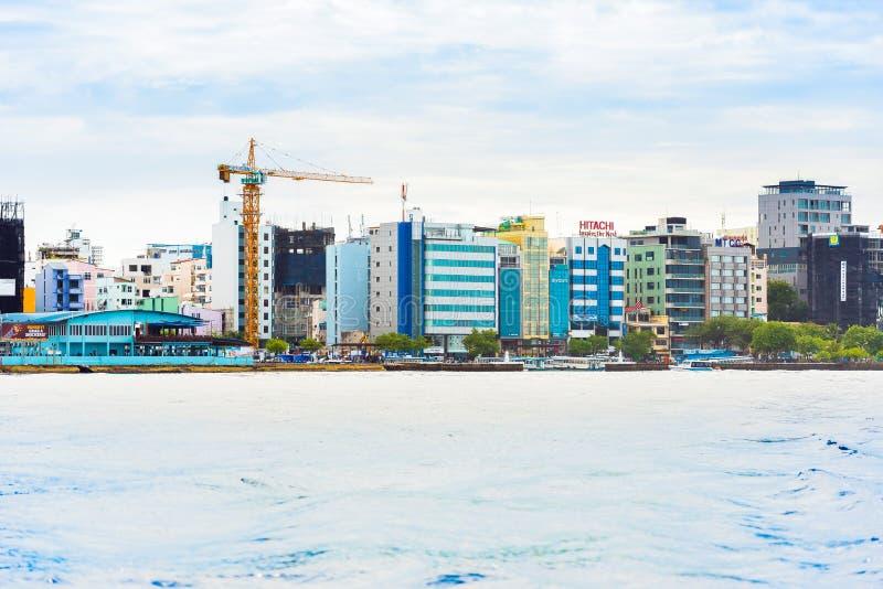 HOMEM, MALDIVAS - 18 DE NOVEMBRO DE 2016: Vista da cidade do homem imagem de stock
