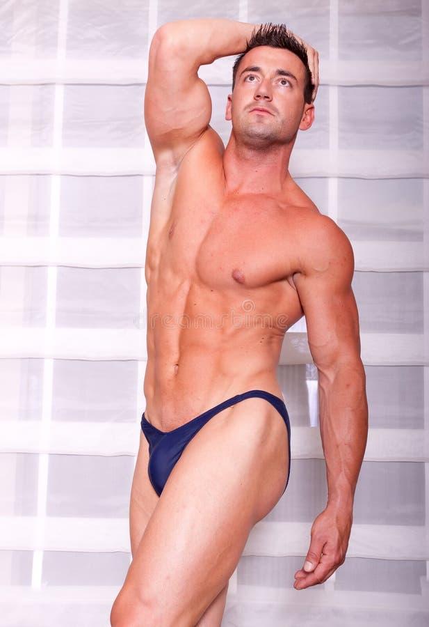 Homem muscular imagens de stock royalty free