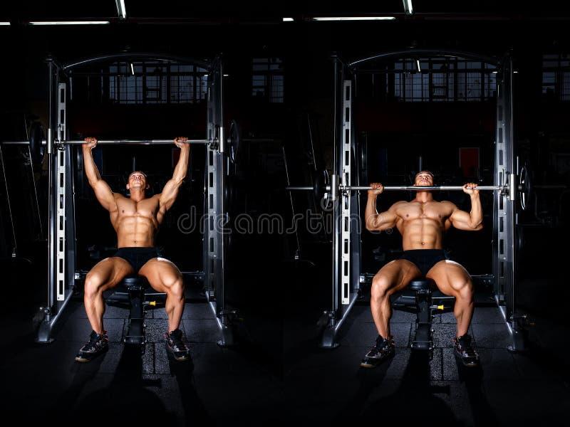 Homem muscular que faz o exercício para os ombros tutoriais imagem de stock royalty free