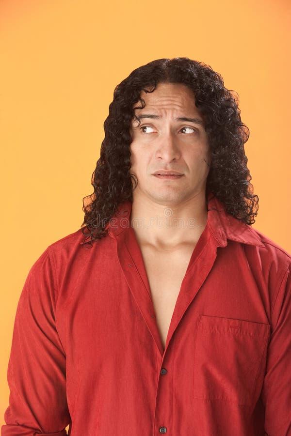 Homem muscular Scared fotografia de stock