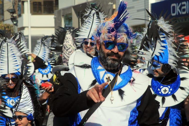 Homem na peruca mohawk no Carnaval imagens de stock royalty free