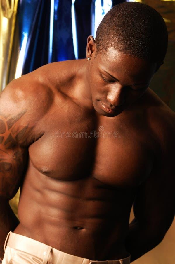 Homem negro descamisado foto de stock royalty free