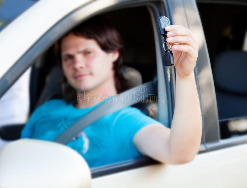 Homem no carro imagem de stock