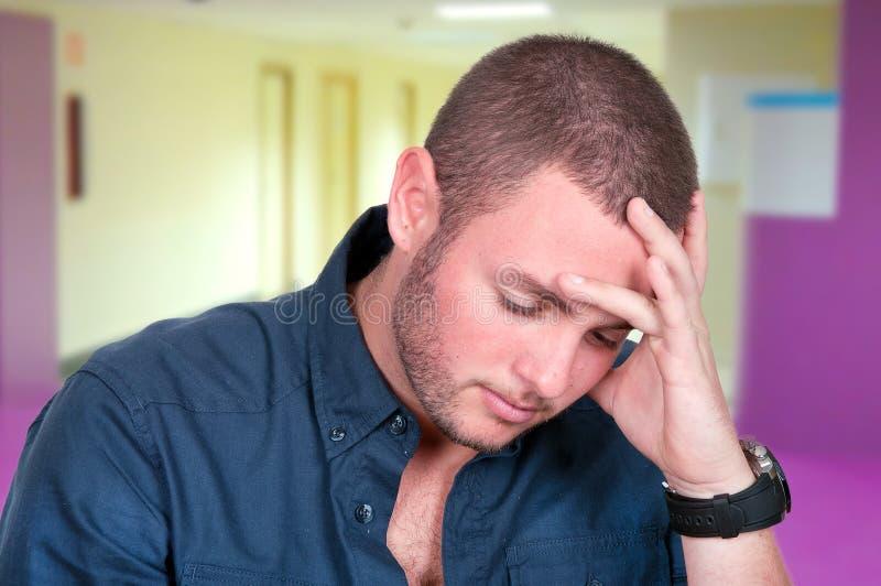Homem novo comprimido e triste imagens de stock royalty free