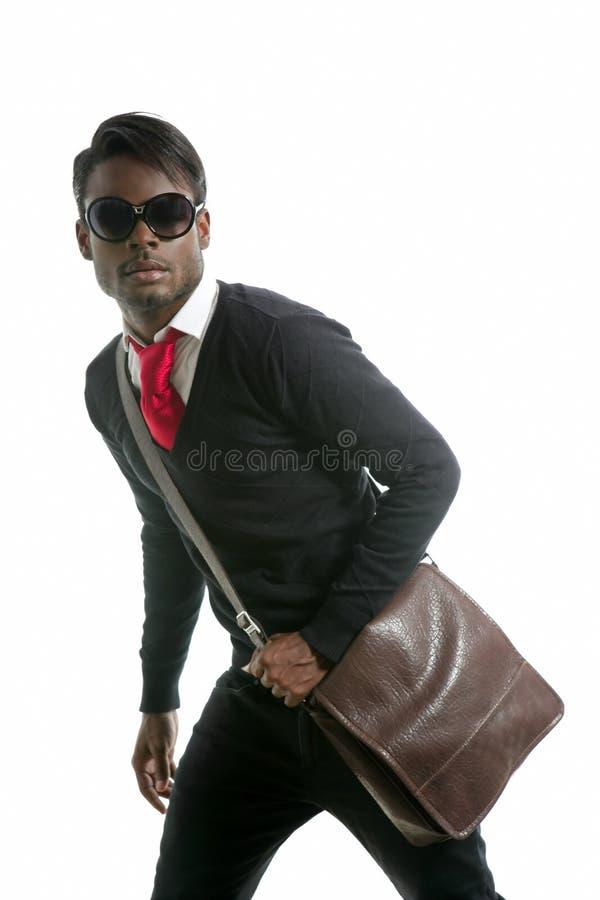 Homem novo considerável africano da forma imagem de stock