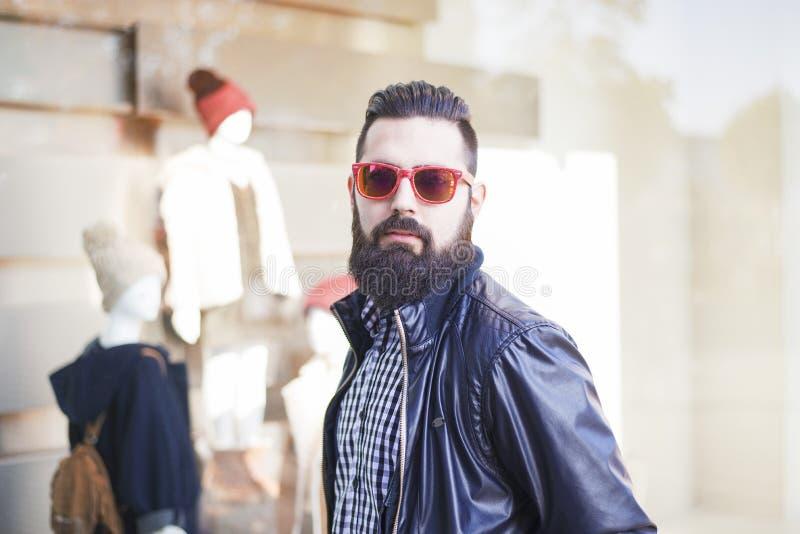 Homem novo considerável com barba imagens de stock royalty free