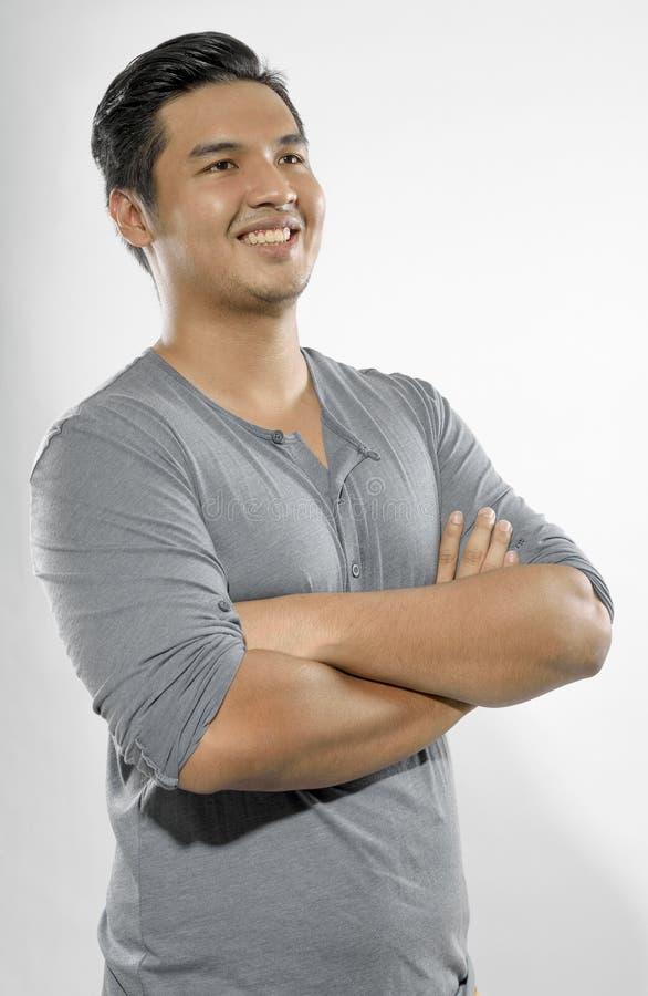 Homem novo de sorriso. imagens de stock royalty free