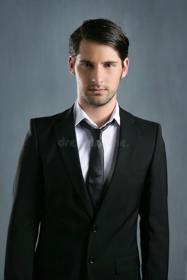 Homem preto novo elegante na moda do terno da forma foto de stock royalty free