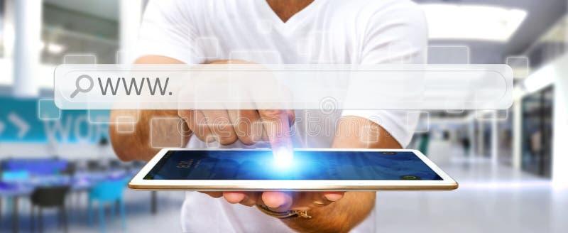 Homem que surfa no Internet com a barra tátil digital do endereço da Web ilustração do vetor