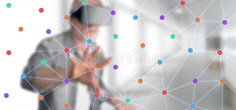 Homem que toca em uma rede virtual ilustração royalty free