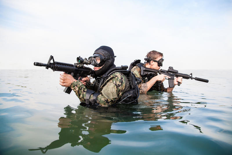 Homem-rãs do SELO da marinha fotos de stock