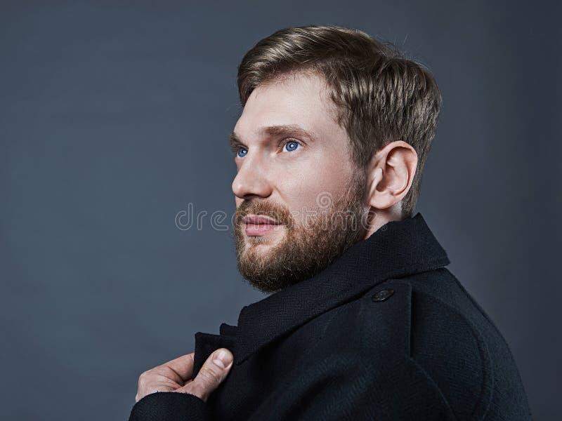 Homem romântico com barba fotos de stock royalty free