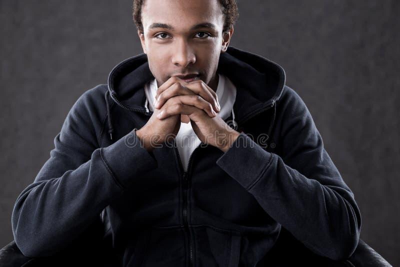 Homem sério do americano africano fotos de stock royalty free