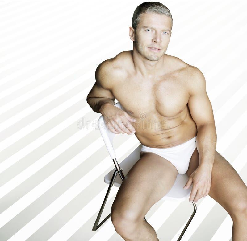 Homem 'sexy' descamisado foto de stock
