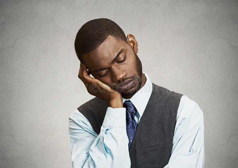Homem sonolento cansado foto de stock