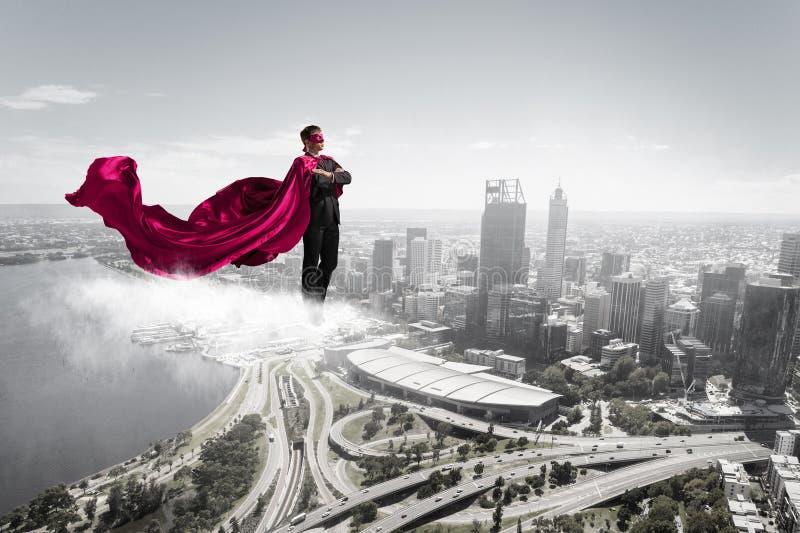 Homem super no céu imagens de stock royalty free