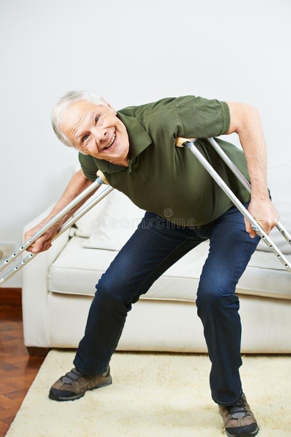 Siete maneras Ejercicios para dolor de espalda te ayudará a obtener más negocios
