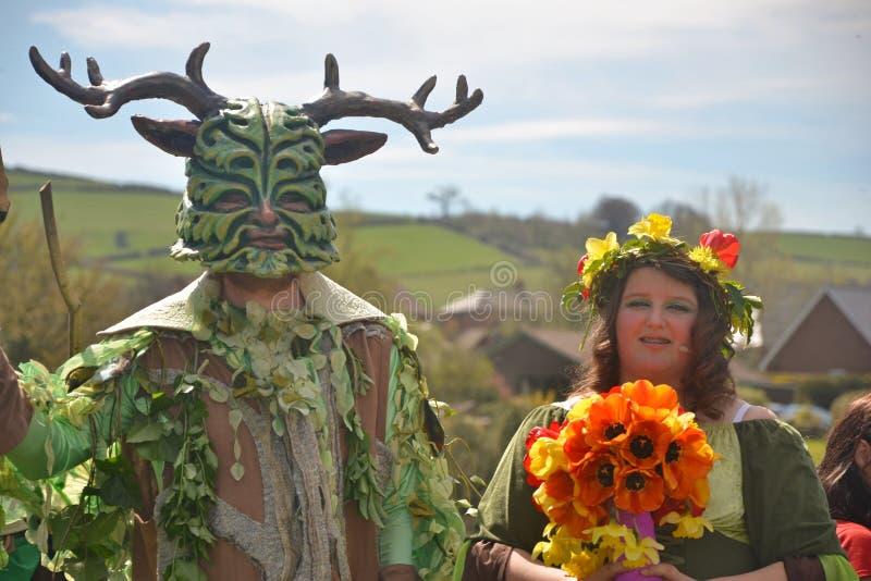 Homem verde & rainha de maio 2013 imagens de stock