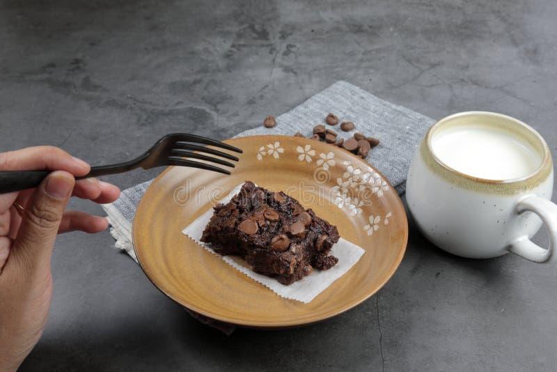 Homemade Chewy Brownie com Framboesas imagens de stock royalty free