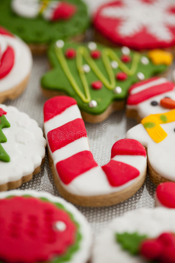 Free Homemade Christmas Cookies - Gingerbread Stock Photo - 27802600