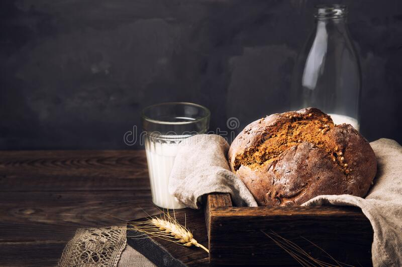 Homemade rustic rye bread with coriander seeds royalty free stock images