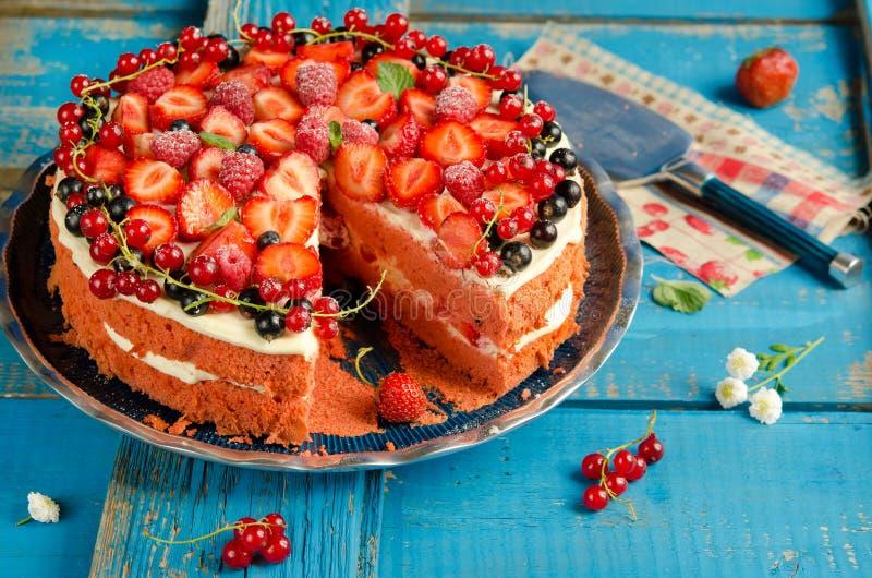 Homemade strawberry cake royalty free stock photos
