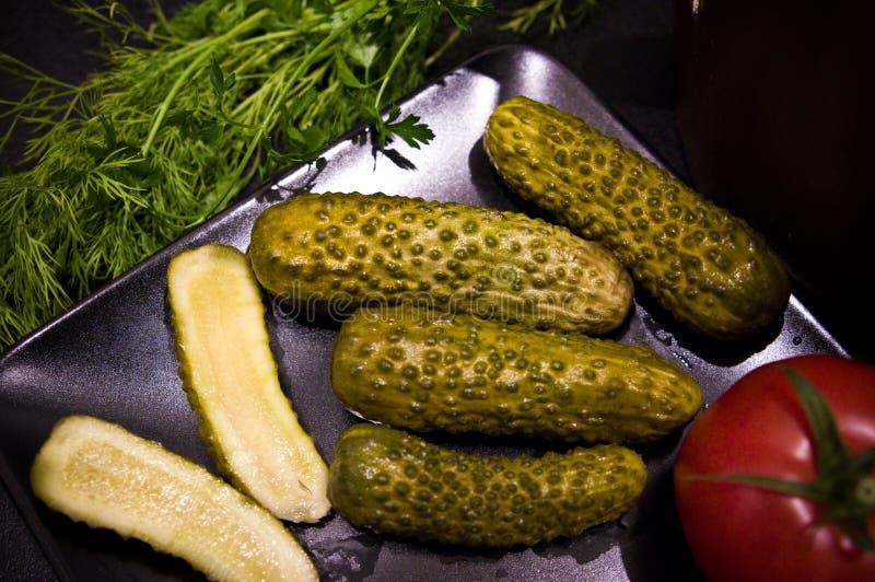 Homemage todavía conservó en vinagre la foto de la comida de la vida de los pepinos fotos de archivo