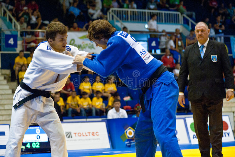 Homens 2011 do copo de mundo do judo imagem de stock royalty free