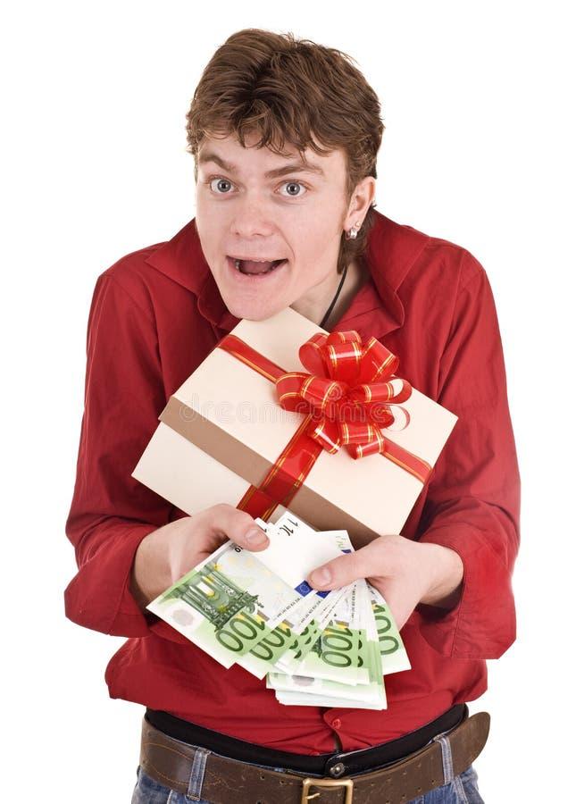 Homens com a caixa do dinheiro e de presente. imagens de stock royalty free