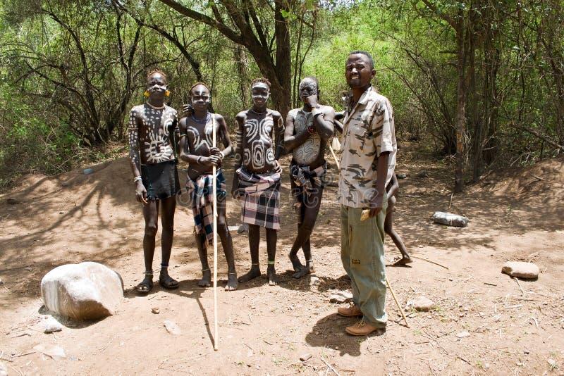 Homens do tribo de Mursi foto de stock