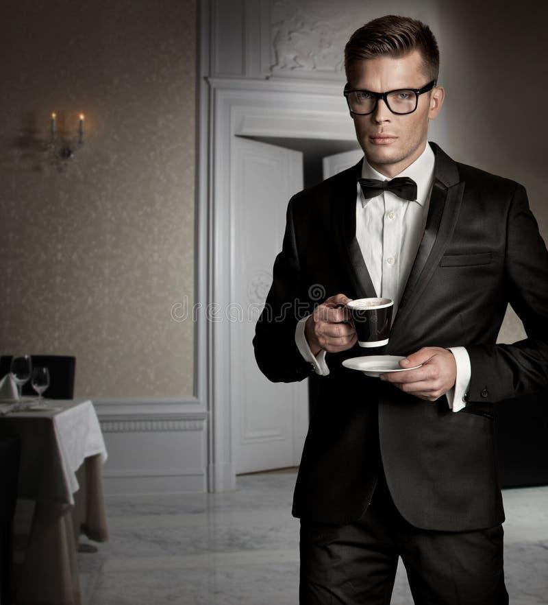Homens elegantes imagens de stock royalty free