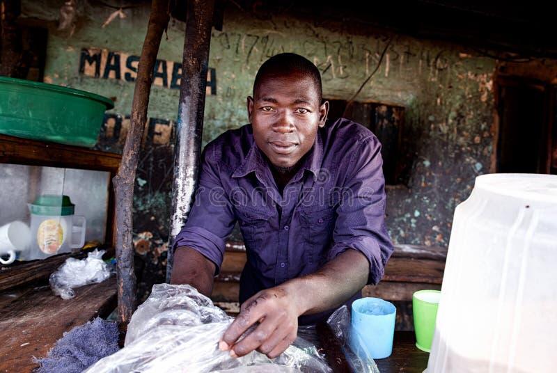 Homens em Kotido Uganda foto de stock royalty free