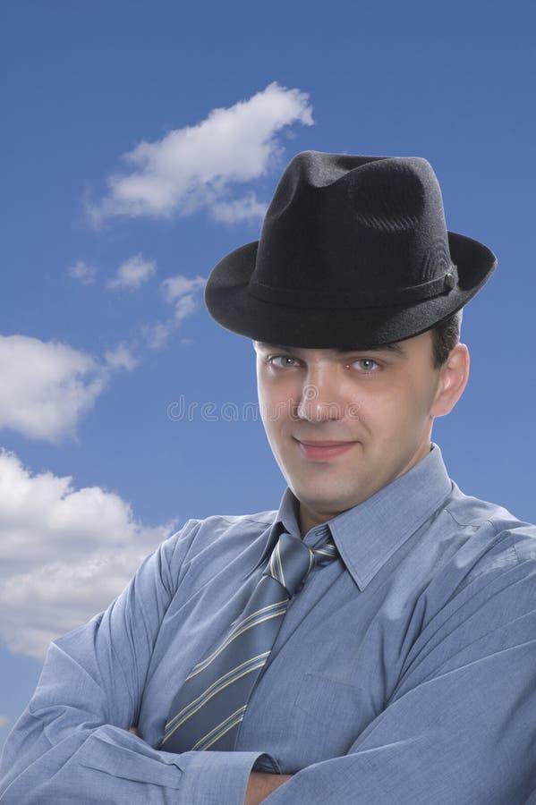 Homens no fim do chapéu negro acima imagem de stock royalty free