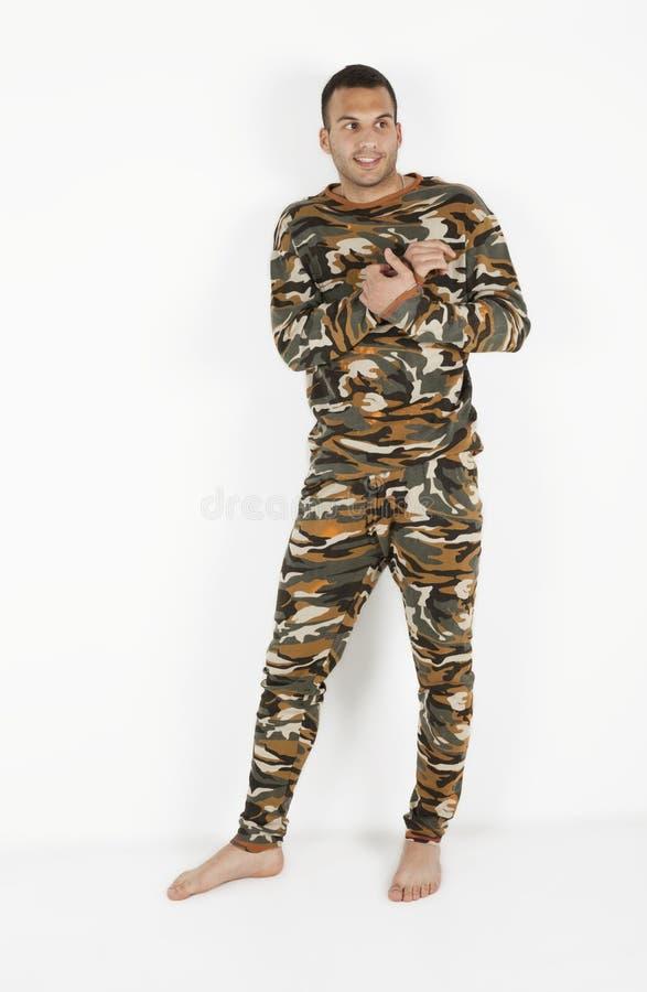 Homens novos nos pijamas fotografia de stock
