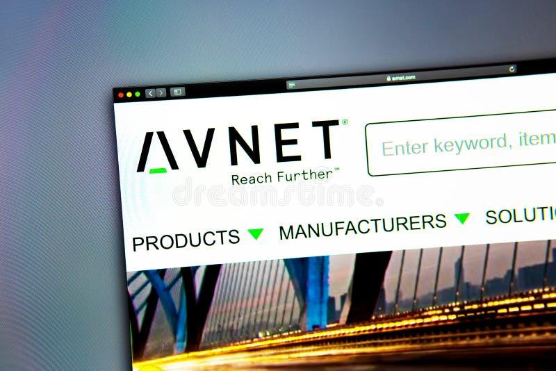 Homepage de la página web de la compañía de Avnet Ciérrese para arriba de logotipo de AVNET foto de archivo