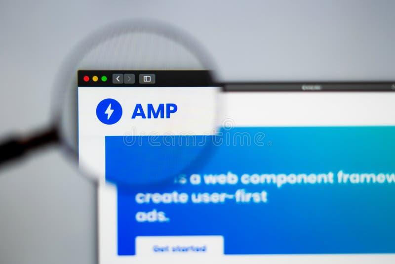 Homepage de la página web de la compañía del amperio Ciérrese para arriba de logotipo del amperio fotografía de archivo