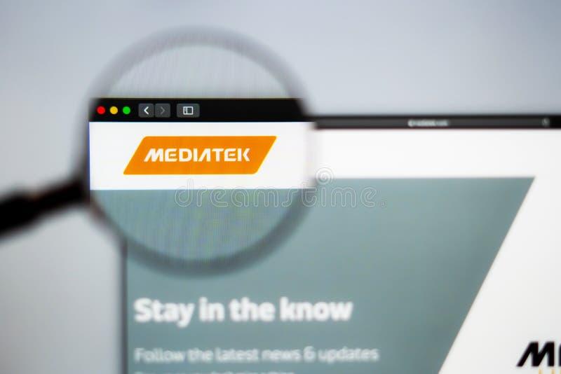 Homepage de la página web de la compañía de Mediatek Ciérrese para arriba del logotipo de Mediatek imagen de archivo