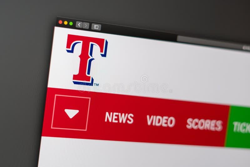 Homepage de la p?gina web de Texas Rangers del equipo de b?isbol Ci?rrese para arriba de logotipo del equipo imágenes de archivo libres de regalías