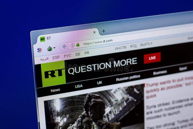 Homepage Rosja Dzisiaj strona internetowa na pokazie pecet, url - rt Ryazan Rosja, Kwiecień - 16, 2018 - com obraz stock