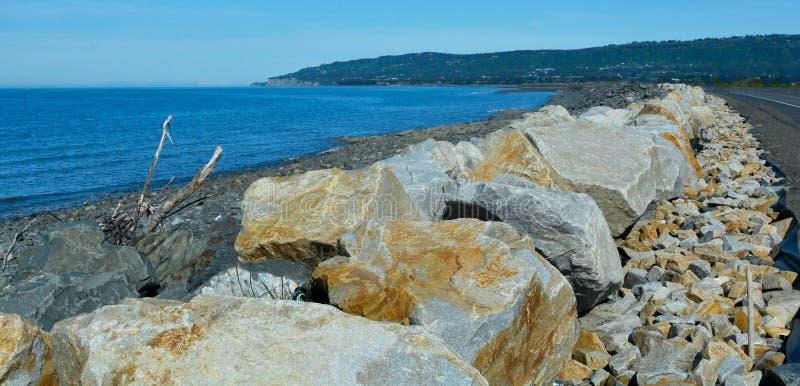 Homer Spit New Sea Wall royaltyfria bilder