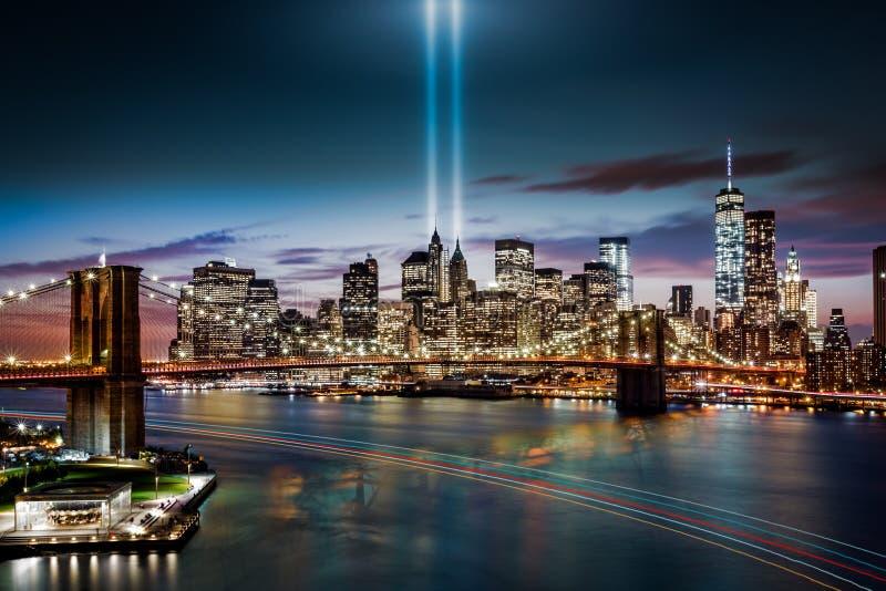 Hommage dans le mémorial léger photographie stock